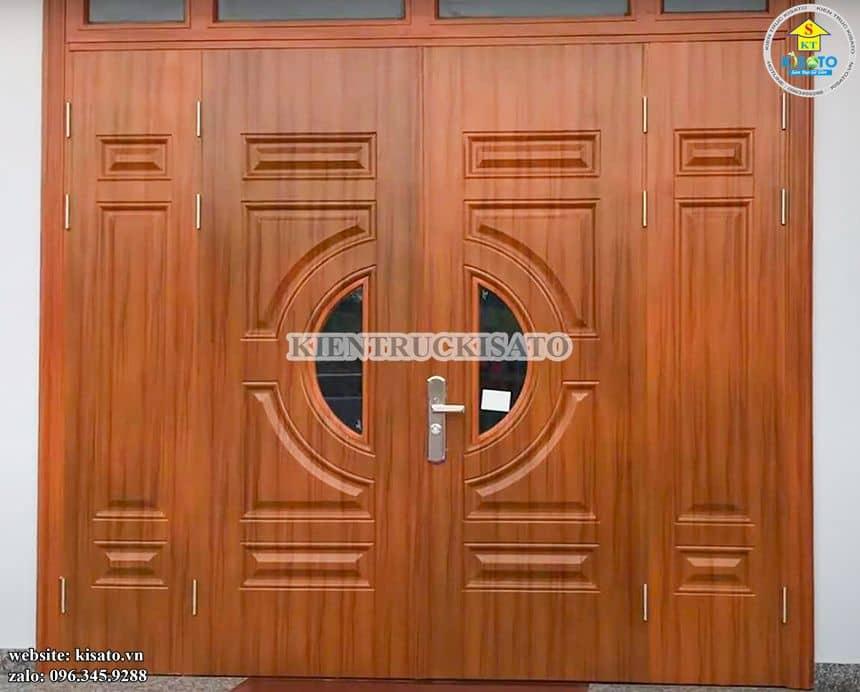 Một mẫu thi công cửa thép vân gỗ đẹp