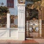 Mẫu Hàng Rào Nhôm Đúc Sang Trọng Cho Biệt Thự tân Cổ Lâu Đài