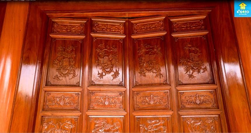 cửa gỗ từ đường đẹp ở Thái bình